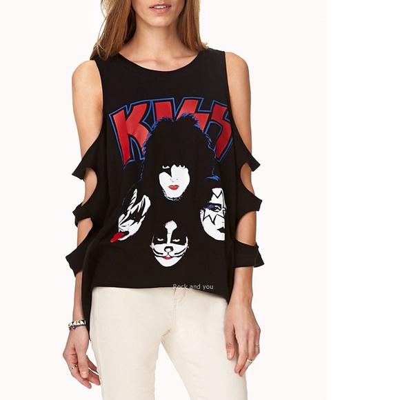 Forever 21 Tops - Kiss Band Logo Masks Tank Top Tee L NWT